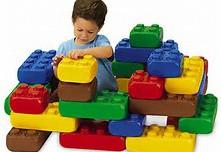 LEGOS Géant